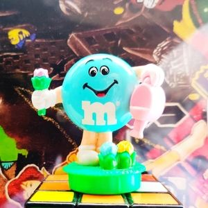 1995 VTG Mars M&M Easter Candy Tube Topper Figure